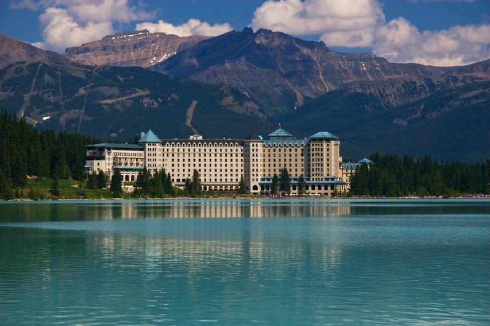 hotel-management-training-in-alberta
